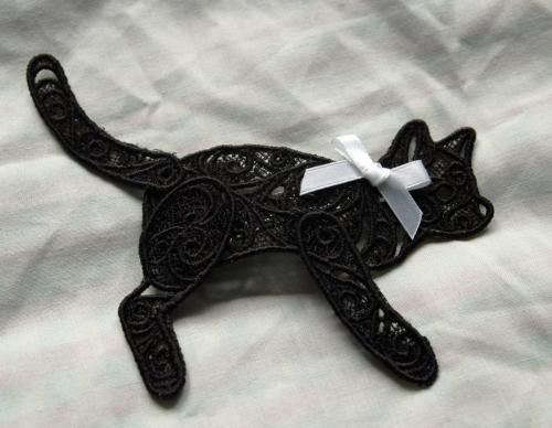 lace cat grip3